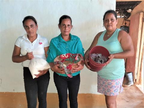 photo of Las M. El Portillo Group