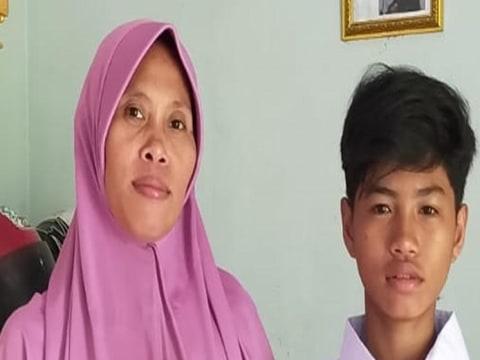photo of Siti Tati Yunengsih