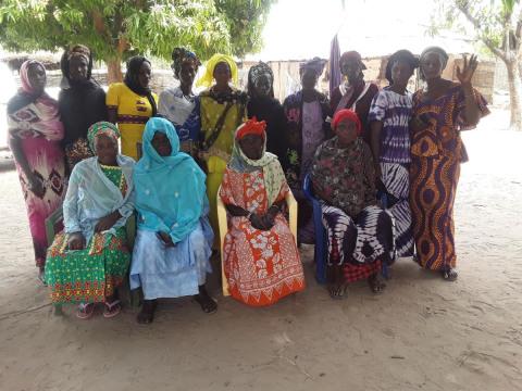 photo of 08-Ndiama 2 Group