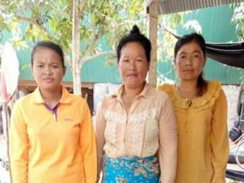 photo of Pu's Group