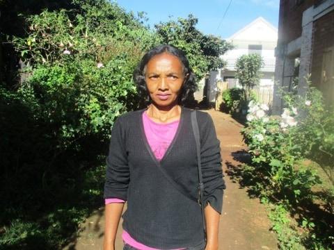 photo of Domoina