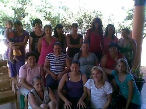 photo of Mujeres Unidas Para Triunfar Group