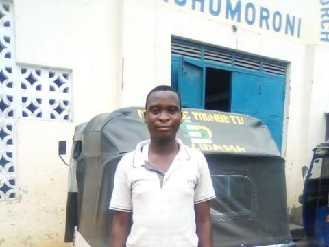 photo of Emmanuel Kahindi