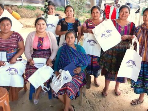 photo of Mujeres Primavera Group