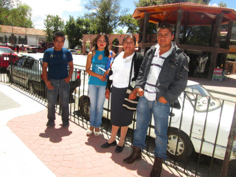 photo of Integrantes De La Manzana Group