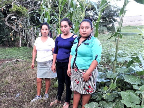 photo of Mujeres Agricultoras Group
