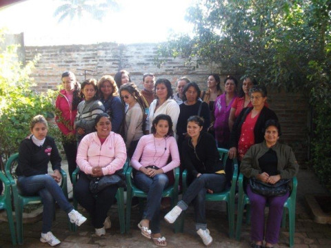 photo of Cadena De Mujeres Group