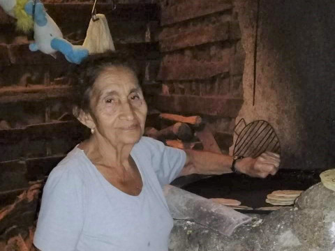 photo of Maria De La Paz