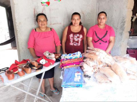 photo of Con Cristo Prosperamos Group