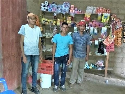 photo of Los Tres Amigos Del Coco Panali Group