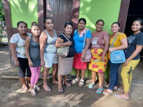 photo of Mujeres Alcanzando Un Nuevo Sueño Group