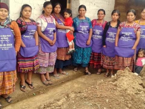 photo of Flor Navidena Group