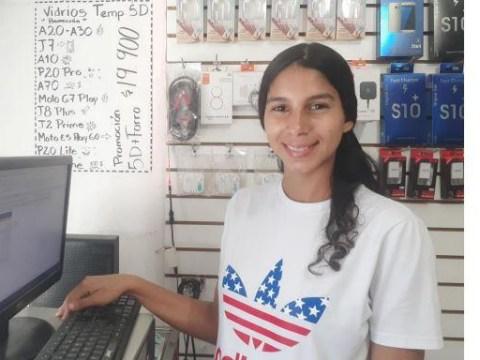 photo of Hendriana Carolina