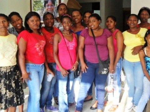 photo of Mujeres De Suenos Y Metas 5, 6 & 7 Group