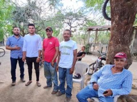 photo of La Esperanza Community-Owned Bank