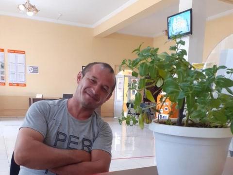 photo of Husein
