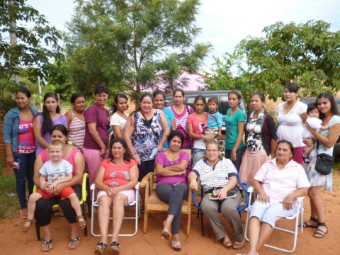 photo of Mujeres Tembiapora Group