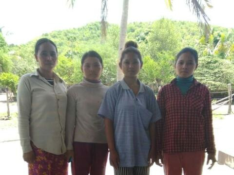 photo of Ru's Group