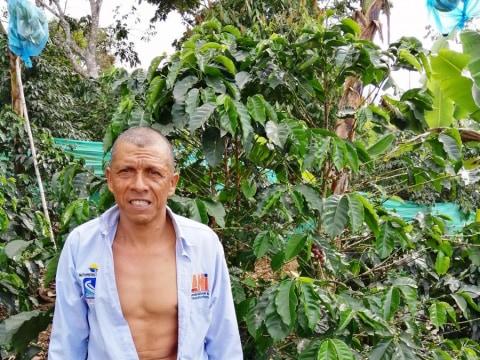photo of Elmer De Jesus