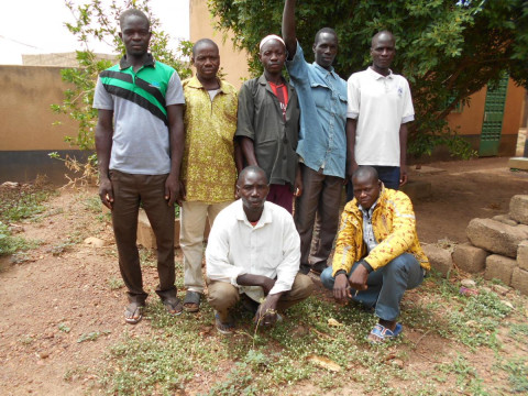 photo of Mankarga V8N°13 Group