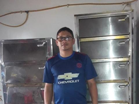 photo of Oscar Ivan