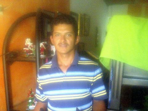 photo of Oscar Alberto