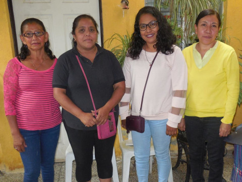 photo of El Retorno Group