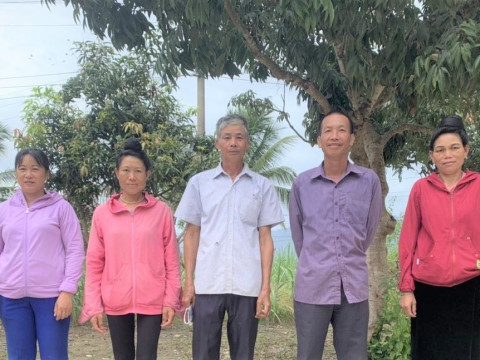 photo of Thanh Yen 40 Group