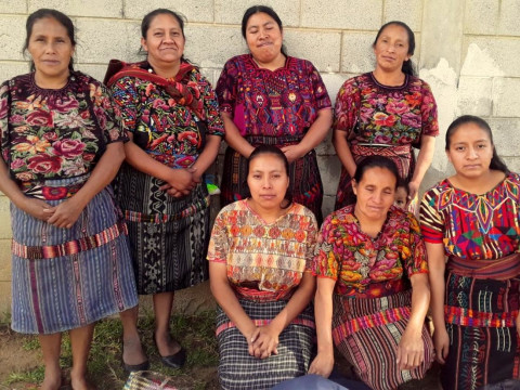 photo of Mujeres Tejedoras Group