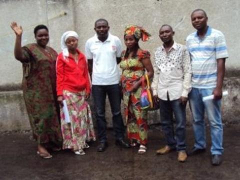 photo of La Main Dans La Main Group