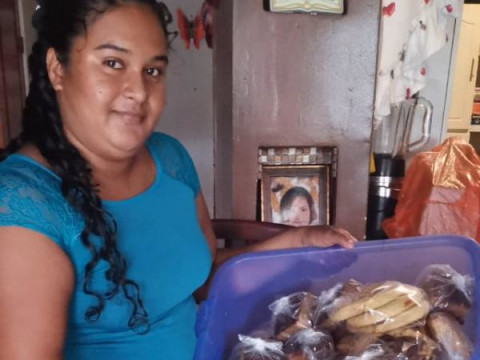 photo of Claudia Del Rosario