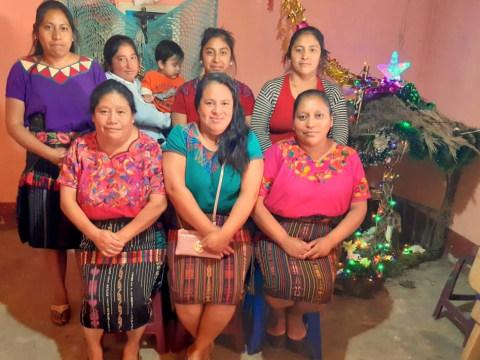 photo of Flor De Durazno Chichi Group