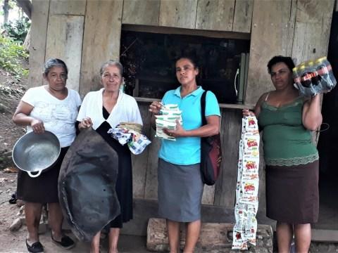 photo of La Cosecha Group
