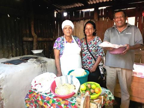 photo of Los Amigos Group