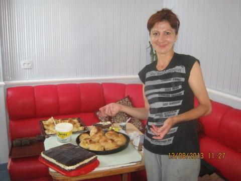 photo of Azganush