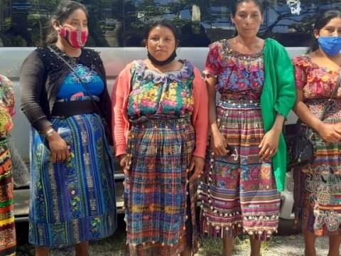 photo of Mujeres De Agua Escondida Group