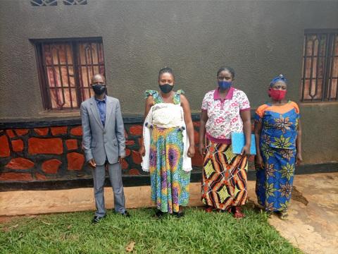 photo of Tuzamurane B0002 Group