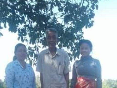 photo of Sareoun's Group