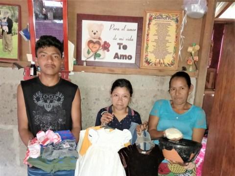 photo of Los Comerciantes De La Perlita Group