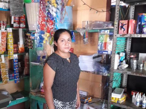 photo of Claudia Janette
