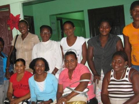 photo of Jesus Esta Aqui 1 & 2 Group
