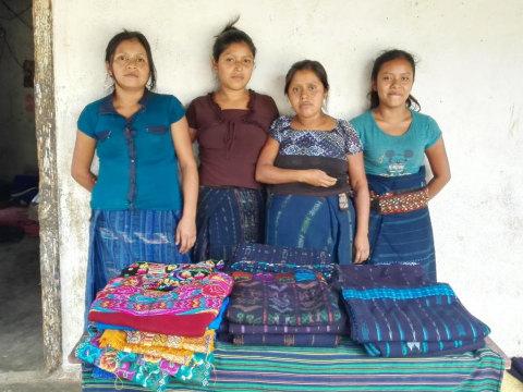 photo of Grupo De Mujeres Costeñas Group