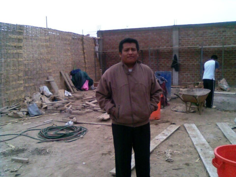 photo of Edgar Isaias