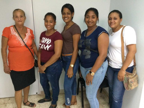 photo of Mujeres De Exito 1 Group