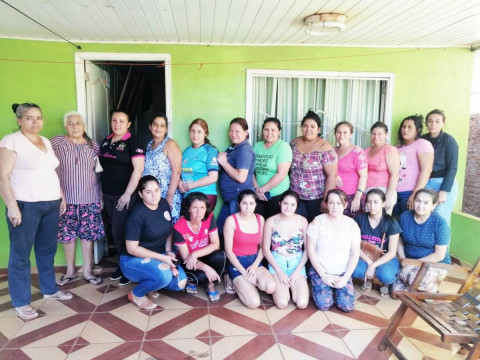 photo of Mujeres Unidas En Progreso Group