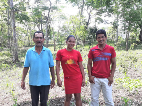 photo of Bodas Del Cordero Group