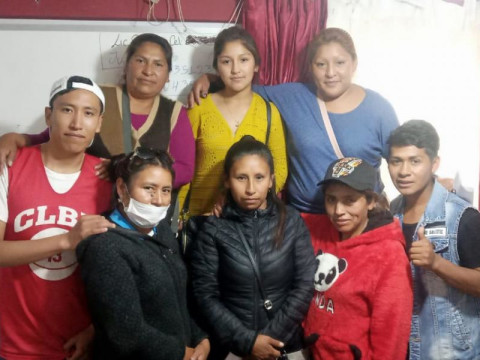 photo of Flor De Cantuta Group
