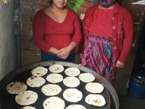 photo of Dúo Floridalma De San Pedro Group
