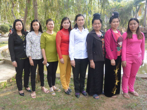 photo of Tinh's Group