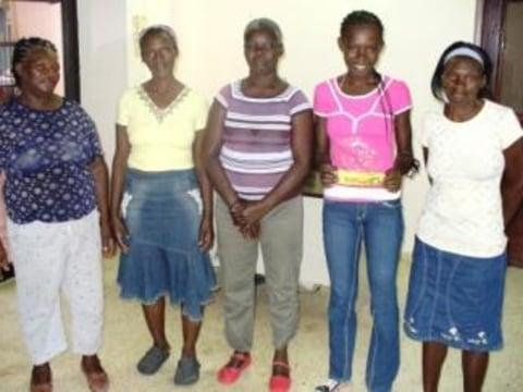 photo of Mujeres En Accion 1, 2, & 4 Group